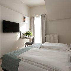 Отель Martins Brugge Бельгия, Брюгге - 6 отзывов об отеле, цены и фото номеров - забронировать отель Martins Brugge онлайн комната для гостей фото 2