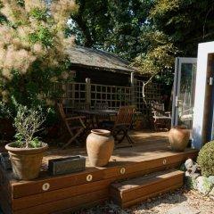 Апартаменты Architect-designed Garden Studio