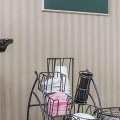 Отель Travelodge by Wyndham Sylmar CA США, Лос-Анджелес - отзывы, цены и фото номеров - забронировать отель Travelodge by Wyndham Sylmar CA онлайн интерьер отеля