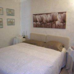 Отель Croci комната для гостей фото 3