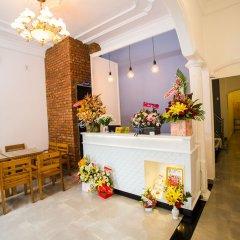 Отель Shark Hotel - Hostel Вьетнам, Хюэ - отзывы, цены и фото номеров - забронировать отель Shark Hotel - Hostel онлайн интерьер отеля