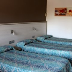 Отель Planas Испания, Салоу - 4 отзыва об отеле, цены и фото номеров - забронировать отель Planas онлайн комната для гостей фото 4