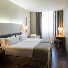 Отель Catalonia Ramblas 4* Стандартный номер с различными типами кроватей фото 25