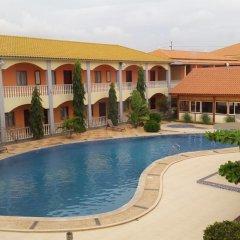 Don Gal Hotel бассейн