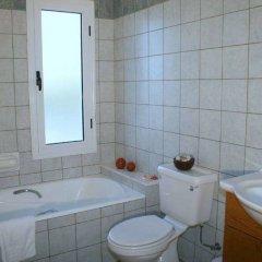 Отель Blue Coral Beach Villas ванная
