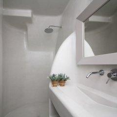 Отель Palmariva Villas Греция, Остров Санторини - отзывы, цены и фото номеров - забронировать отель Palmariva Villas онлайн ванная