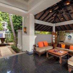 Отель Movenpick Resort & Spa Karon Beach Phuket интерьер отеля