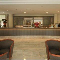 Hotel Garbi Cala Millor гостиничный бар