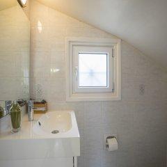 Отель Protaras Villa Sea Maris Кипр, Протарас - отзывы, цены и фото номеров - забронировать отель Protaras Villa Sea Maris онлайн ванная