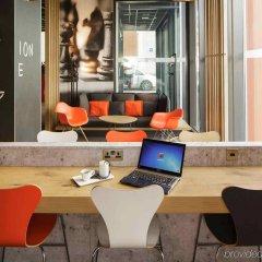 Отель ibis London Excel-Docklands Великобритания, Лондон - отзывы, цены и фото номеров - забронировать отель ibis London Excel-Docklands онлайн интерьер отеля
