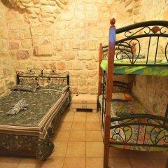 Chain Gate Hostel Израиль, Иерусалим - отзывы, цены и фото номеров - забронировать отель Chain Gate Hostel онлайн балкон