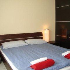 Отель Bermuda Triangle B&B Германия, Кёльн - отзывы, цены и фото номеров - забронировать отель Bermuda Triangle B&B онлайн комната для гостей фото 2