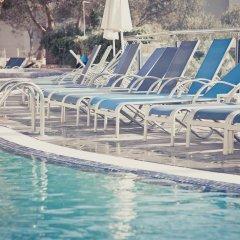 Отель Apartamentos Playa Ferrera бассейн фото 2