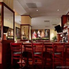 Отель Club Quarters in Washington DC США, Вашингтон - отзывы, цены и фото номеров - забронировать отель Club Quarters in Washington DC онлайн гостиничный бар