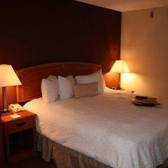 Отель Hampton Inn Newark Airport США, Элизабет - отзывы, цены и фото номеров - забронировать отель Hampton Inn Newark Airport онлайн комната для гостей фото 2