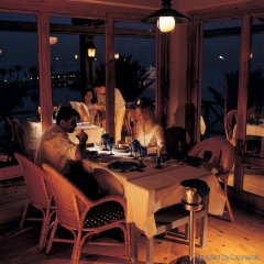 Отель Хилтон Хургада Резорт гостиничный бар