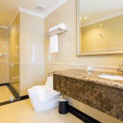 Отель LK President ванная фото 2