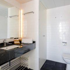 Отель 1 BR Rambla Suite & 2 Pools Rooftop Terrace Sea View - HOA 42152 Испания, Барселона - отзывы, цены и фото номеров - забронировать отель 1 BR Rambla Suite & 2 Pools Rooftop Terrace Sea View - HOA 42152 онлайн ванная