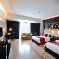Отель DoubleTree by Hilton Bangkok Ploenchit 5* Номер Делюкс фото 9