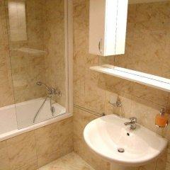 Отель Charles Bridge Apartments Чехия, Прага - отзывы, цены и фото номеров - забронировать отель Charles Bridge Apartments онлайн ванная фото 2