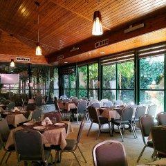 Отель AZZAHRA Иерусалим гостиничный бар
