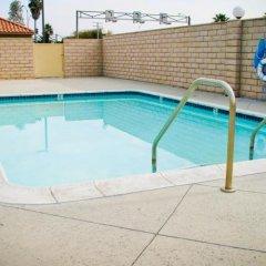 Отель Crystal Inn Suites & Spas бассейн фото 3
