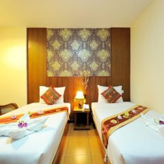 Отель NNC Patong Inn комната для гостей