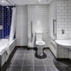 Отель Holiday Inn Southampton Великобритания, Саутгемптон - отзывы, цены и фото номеров - забронировать отель Holiday Inn Southampton онлайн ванная фото 2