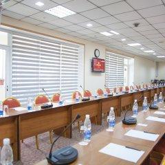 Отель Golden Dragon ApartHotel Кыргызстан, Бишкек - 1 отзыв об отеле, цены и фото номеров - забронировать отель Golden Dragon ApartHotel онлайн помещение для мероприятий