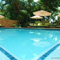 Отель Bedarra Beach Inn Фиджи, Вити-Леву - отзывы, цены и фото номеров - забронировать отель Bedarra Beach Inn онлайн бассейн фото 3