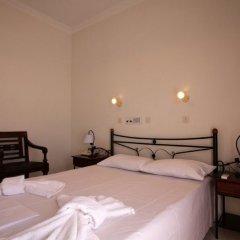 Отель Petra Nera сейф в номере