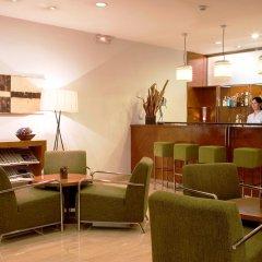 Отель NH Barcelona Eixample Испания, Барселона - отзывы, цены и фото номеров - забронировать отель NH Barcelona Eixample онлайн гостиничный бар