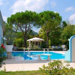 Отель Bellavista Terme Монтегротто-Терме бассейн