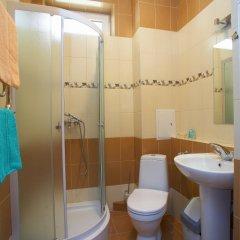 Гостиница Карамель в Сочи 3 отзыва об отеле, цены и фото номеров - забронировать гостиницу Карамель онлайн ванная