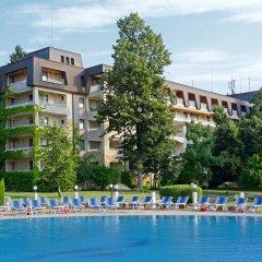 Отель Lotos - Riviera Holiday Resort Болгария, Золотые пески - отзывы, цены и фото номеров - забронировать отель Lotos - Riviera Holiday Resort онлайн бассейн фото 3