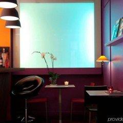 Отель Hôtel Beaurepaire (Paris - République) Франция, Париж - 1 отзыв об отеле, цены и фото номеров - забронировать отель Hôtel Beaurepaire (Paris - République) онлайн гостиничный бар