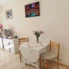 Отель Ciel de Fabron Франция, Ницца - отзывы, цены и фото номеров - забронировать отель Ciel de Fabron онлайн удобства в номере