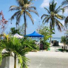 Отель Airport Comfort Inn Premium Мальдивы, Северный атолл Мале - отзывы, цены и фото номеров - забронировать отель Airport Comfort Inn Premium онлайн пляж