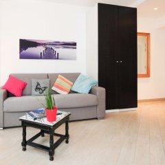 Апартаменты Studio Orange Five Stars Holiday House комната для гостей