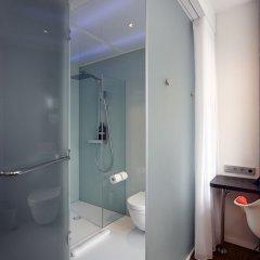 Отель citizenM Amstel Amsterdam Нидерланды, Амстердам - отзывы, цены и фото номеров - забронировать отель citizenM Amstel Amsterdam онлайн ванная фото 2