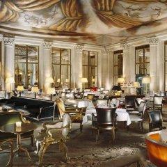 Отель Le Meurice Dorchester Collection Париж гостиничный бар фото 2