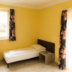 Отель Restaurant Villa Flora Аниф комната для гостей фото 5