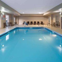 Отель La Quinta Inn & Suites Columbus West - Hilliard бассейн фото 3