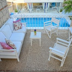 Evliyagil Hotel by Katre Чешме бассейн фото 3