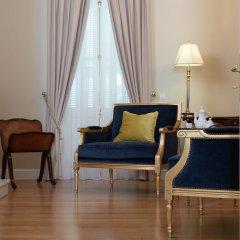 Отель Noble Suites Афины комната для гостей
