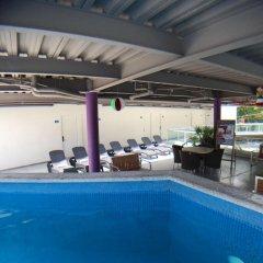 AM Hotel & Plaza бассейн