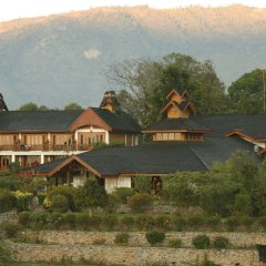 Отель Inle Lake View Resort & Spa бассейн фото 2
