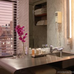 Arthouse Hotel New York City ванная