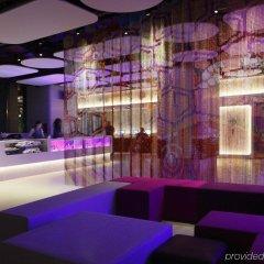 Отель Yotel New York at Times Square гостиничный бар