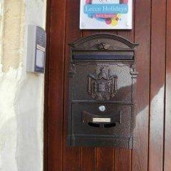 Отель B&B Lecce Holidays Лечче банкомат